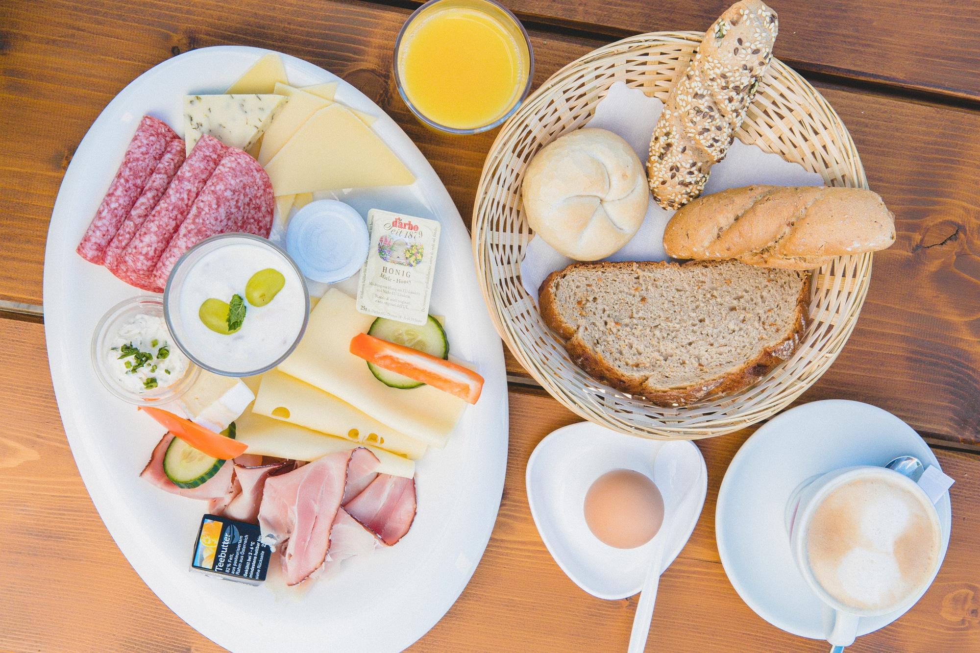 Frühstück Enzianhütte Trattberg